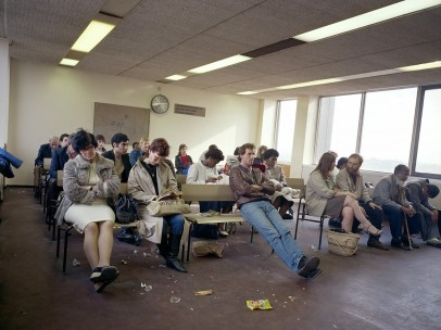 Paul Graham (*1956) - Waiting Room, Highgate DHSS, North London, 1984