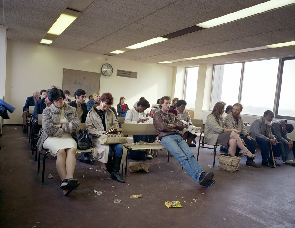 Paul Graham (*1956) - Waiting Room, Highgate DHSS, North London, 1984