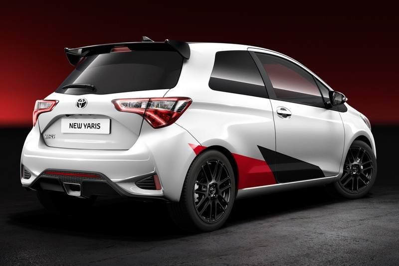 Toyota Yaris Sport. ElToyota Yaris Sport está inspirado en el Yaris WRC. Tiene una potencia de más de 210, según la marca japonesa.
