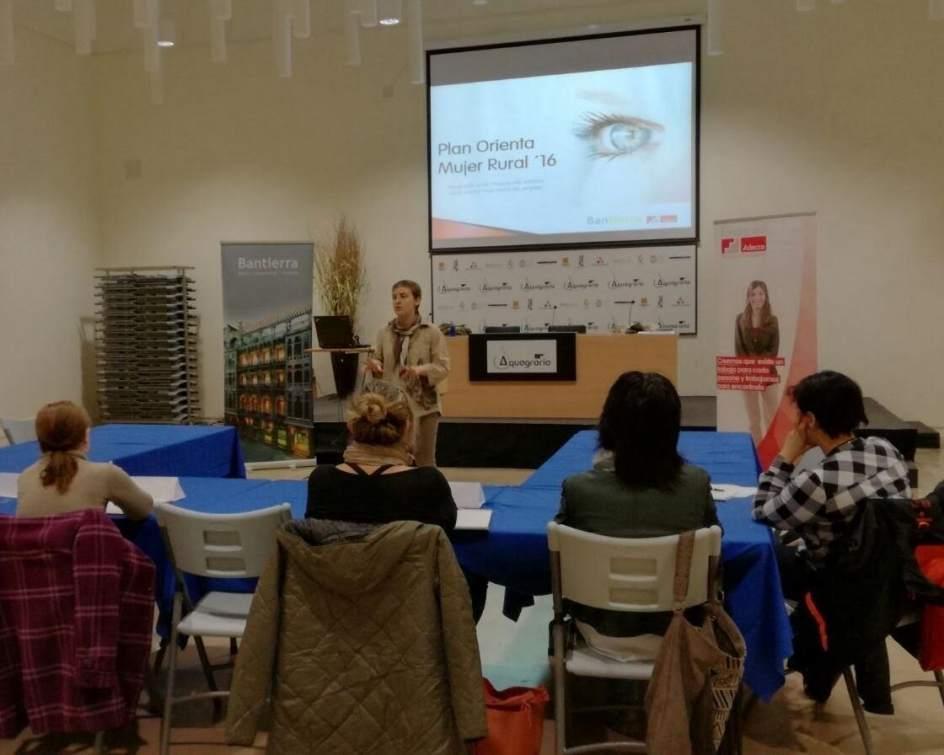 El 25 de las participantes en el plan orienta mujer rural for Pisos bantierra