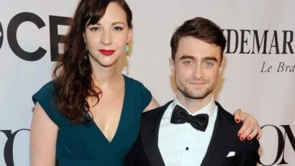 Daniel Radcliffe y Erin Darke