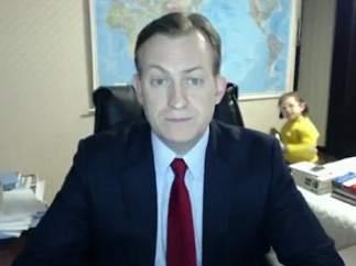 Los hijos de un profesor universitario irrumpen en mitad de un directo de la BBC