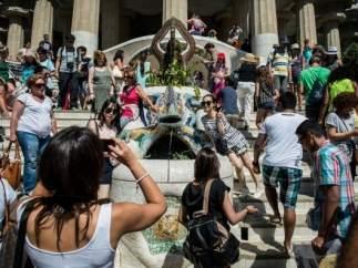 El turismo se convierte en el principal problema de Barcelona, por encima del paro