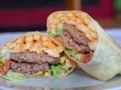 El burgrito, la mezcla entre hamburguesa y burrito que arrasa en Nueva York