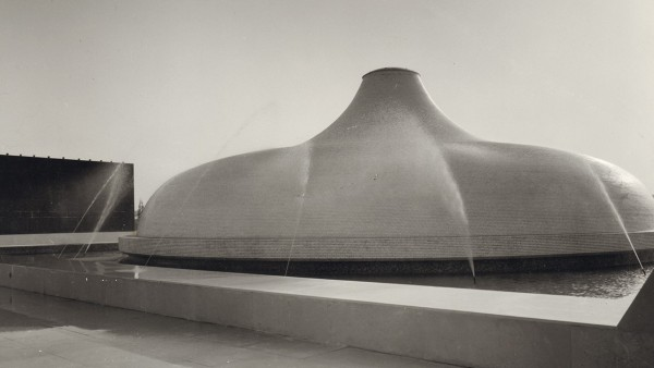 Frederick Kiesler and Armand Bartos, The Shrine of the Book, external view looking at basalt wall and dome, Jerusalem 1965