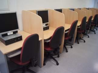 Formació, ordinadors, estudi, biblioteca