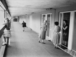 Roger Mayne - Park Hill Estate, Sheffield, 1961