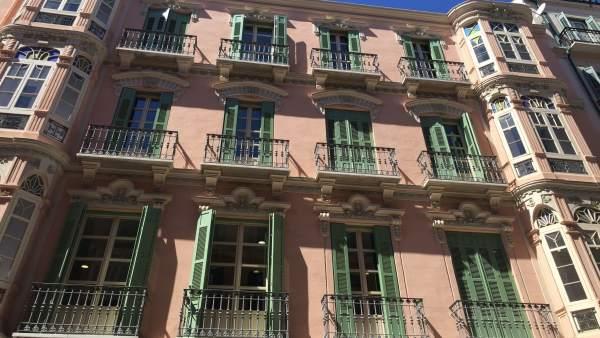 Edificio Meridiano compañía de seguros que ha comprado Grupo Ñarucola aguirre