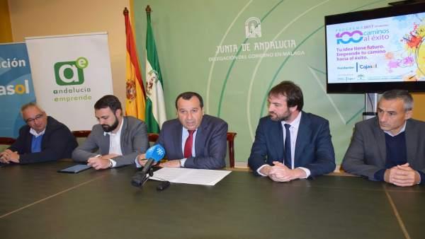 100 Caminos Éxito Fundación Cajasol Junta Ruiz Espejo Araújo Ferrer