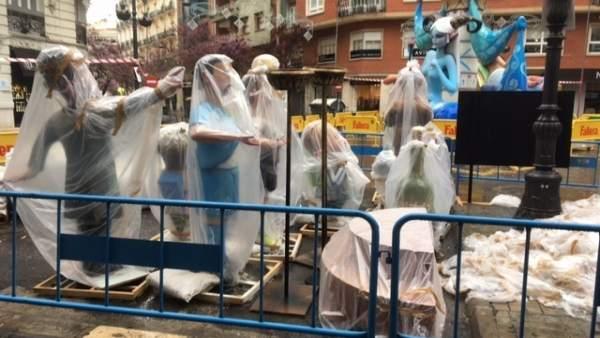Ajuntament de València, JCF, comissions i artistes decideixen no retardar l'eixida dels jurats