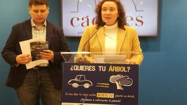 Presentación de la XI campaña 'Tu coche por un árbol' en Cáceres