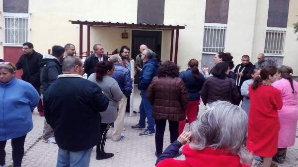 Concentración en el Polígono Sur contra el desalojo de una familia