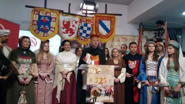 El alcalde de Palos, Carmelo Romero, presenta la XVII Feria del Descubrimiento.