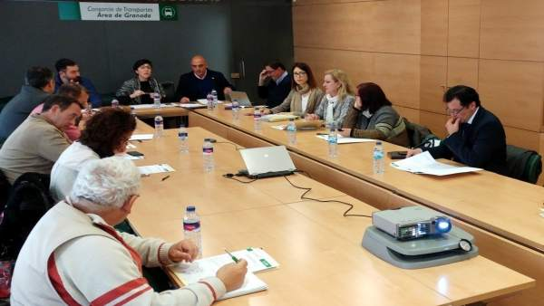Reunión del metro de Granada para abordar el coste del billete