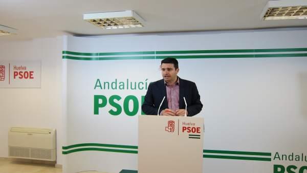 El senador del PSOE de Huelva Amaro Huelva.