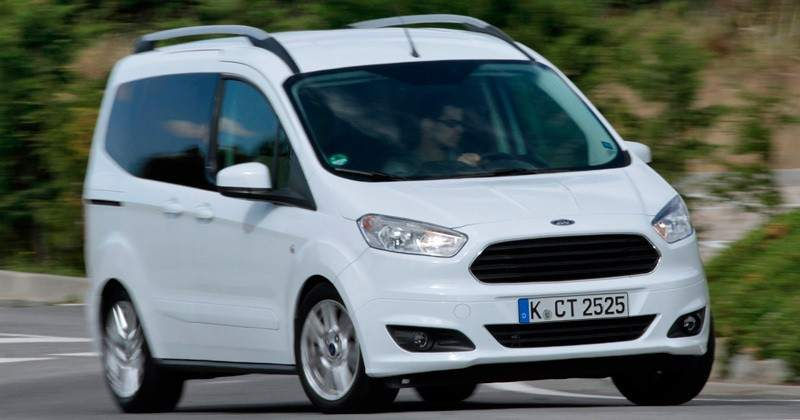 foto monovolumen ford tourneo courier ambiente 1 0 ecoboost 100 cv los coches m s baratos. Black Bedroom Furniture Sets. Home Design Ideas