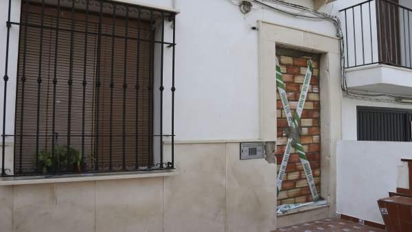 Sucesos desalojada la vivienda ocupada ilegalmente en enero en estepa - Pisos en estepa ...