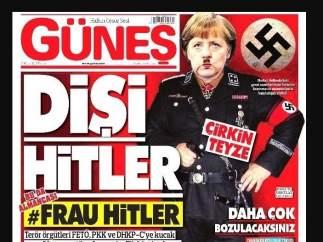 Merkel caricariturizada como Hitler