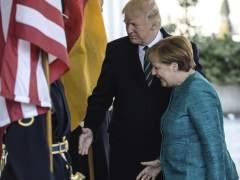 """Merkel tuvo que aclarar a Trump los """"fundamentos"""" de la UE, según 'The Times'"""