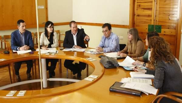 Reunión del grupo de trabajo 'Estudio Doing Business Aragón'
