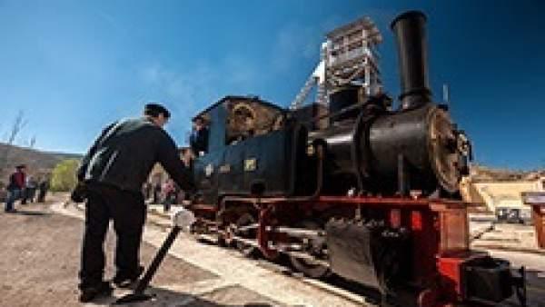 Utrillas (Teruel) enciende este sábado la locomotora Hulla Número 1