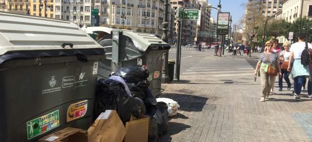 La limpieza es ya el principal problema en 13 de los 19 distritos de València