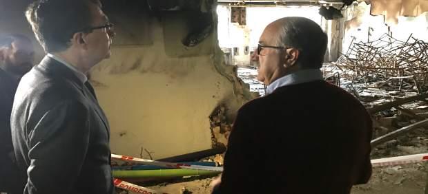 El alcalde de Murcia visita las instalaciones afectadas por incendio