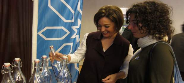 Isabel Ambrosio con la concejal de Ganemos Vicky López