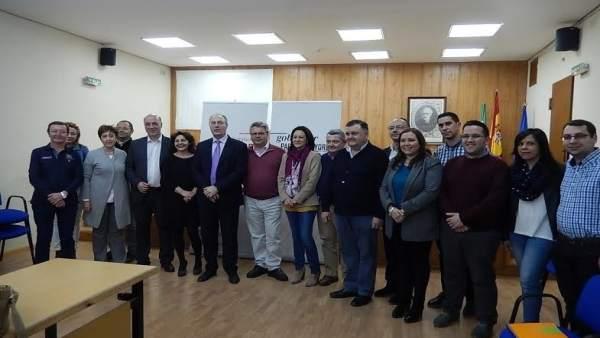 Socialistas durante la mesa comarcal de la Campiña Sur