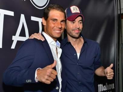 Rafael Nadal y Enrique Iglesias