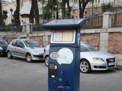 El Ayuntamiento estudia ampliar el horario de los parquímetros a 24 horas