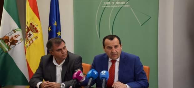 Ruiz Espejo y Fernández España en rueda de prensa