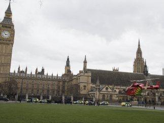 El Parlamento británico, acordonado