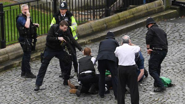 'Ataque terrorista' cerca del Parlamento británico