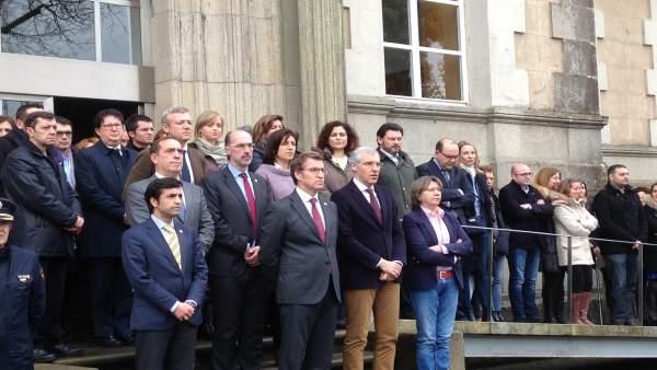Concentración ante la Xunta para condenar el atentado de Londres