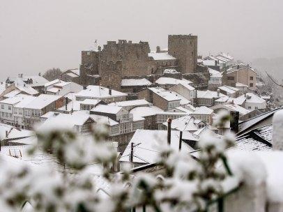 Ourense no se libra de la nieve
