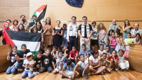 Diputació i la FASPS impulsen el projecte d'acollida de xiquets sahrauís 'Vacances en Pau'