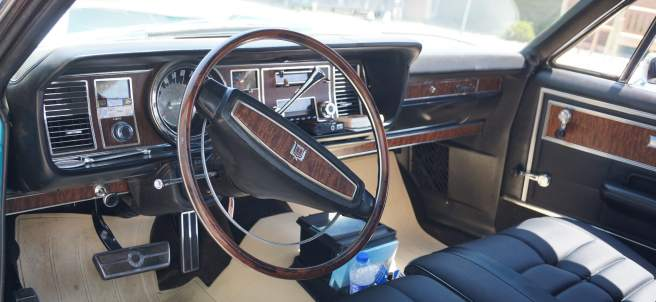 Interior de coche clásico