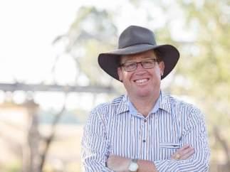 El ministro de policía australiano se denuncia a sí mismo por una infracción de tráfico