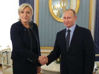 Putin se reúne con Le Pen y niega que Rusia quiera influir en las próximas elecciones francesas