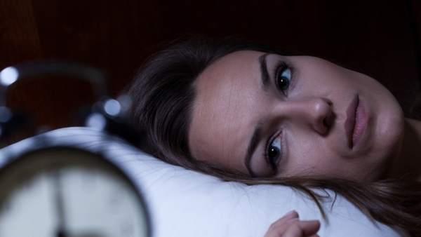 803a2e653 ¿Por qué las mujeres necesitan dormir más que los hombres