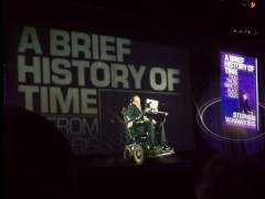 Un holograma de Hawking da una conferencia en Hong Kong