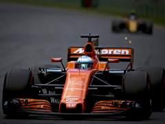 El McLaren de Alonso se apaga a tres vueltas del final en Australia
