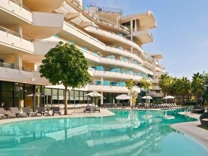 La piscina de un hotel de Marbella