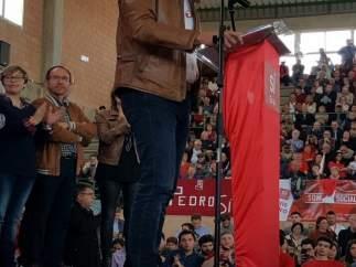 El candidato ha compartido un acto con militantes y simpatizantes socialistas