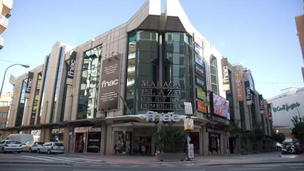 Centro comercial málaga plaza vendido new wind group