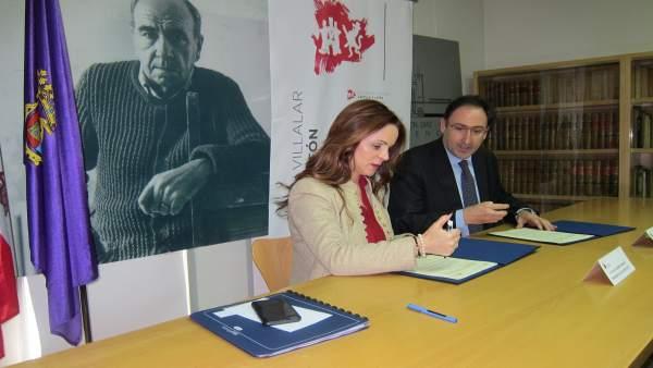 Silvia Clemente junto a Alfonso Polanco.