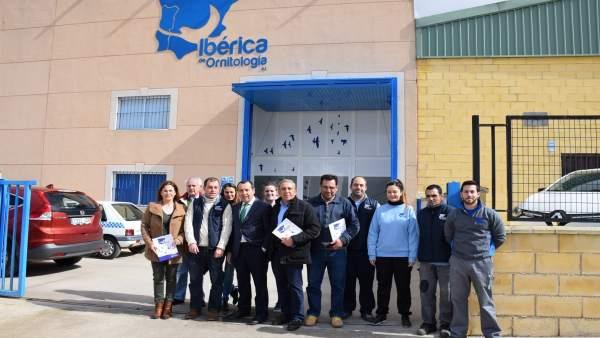 Ibérica de Ornitología humilladero líder nacional distribución y venta de produc