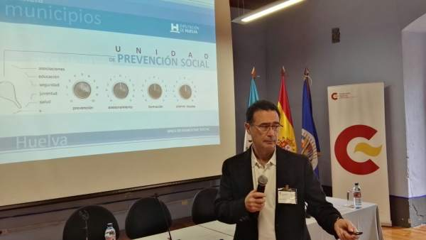 El jefe de la Unidad de Prevención Social de la Diputación.