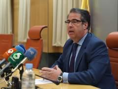 """El director de la DGT dice que la adjudicación de la vivienda es un """"error"""" administrativo"""